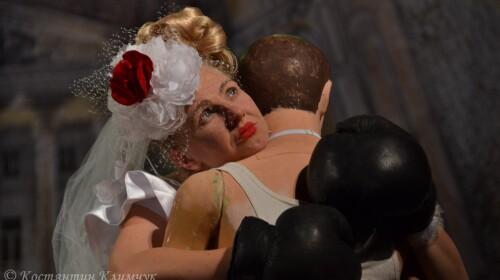 Антикризова вистава Тараса Мазура в умовах пандемії: Проня відповіла за розчарування всіх незаміжніх дівчат світу