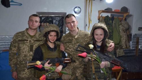 Бог любить піхоту. Комбриг нагороджує бійців. Олігархи люблять БДСМ. Ворог не любить українців. ЗСУ люблять Україну